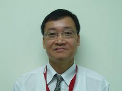 Dr Kwok Ho